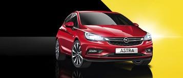 Opel Astra Excite в червено