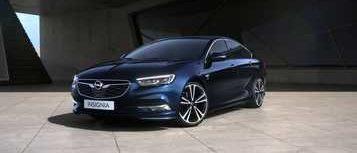 Opel Insignia Grand Sport, син, надземен гараж