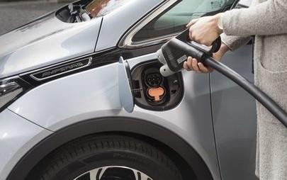 Opel – инженерният център на марката в Рюселсхайм ще получи над 160 зарядни станции за електромобили и ще поеме развойната дейност на зарядната инфраструктура на бъдещето