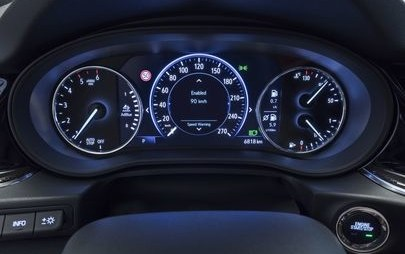 Нови инфоразвлекателни системи от Opel – върхово ниво на свързаност във флагмана Insignia